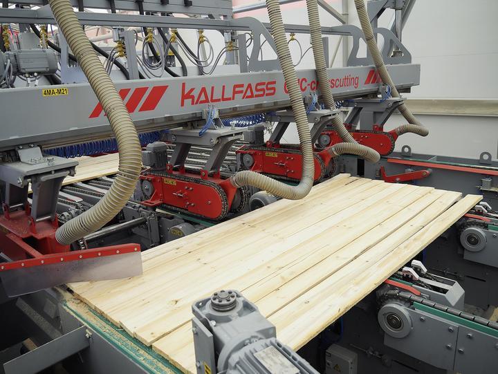Kallfass_CNC-Crosscutting